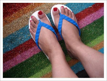 $1 flip-flops